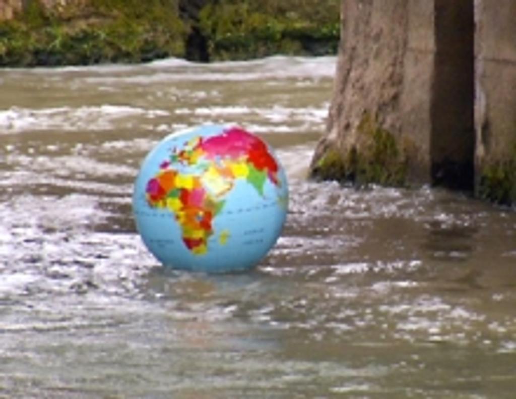 Quel avenir pour l'eau ? / Vassili Silovic, Sylvie Briet, réal.   SILOVIC, Vassili. Monteur